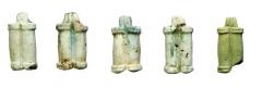 Находки из могильника. Украшения-подвески. Египетский фаянс. Курган 1, погр. 1.