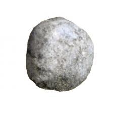 Находки с поселения: керамический шарик из очага жилища 4.