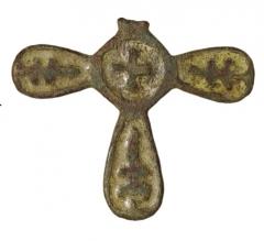 Находки с селища. Крест с эмалью.